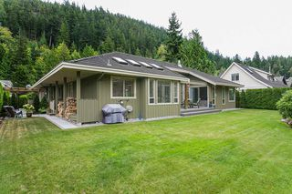 "Photo 19: 158 STONEGATE Drive in West Vancouver: Furry Creek House for sale in ""FURRY CREEK BENCHLANDS"" : MLS®# R2149844"