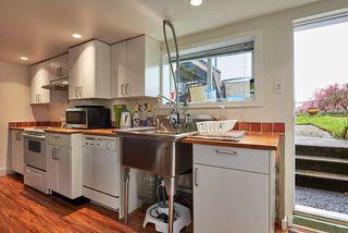 "Photo 11: 362 ALBERTA Street in New Westminster: Sapperton House for sale in ""SAPPERTON"" : MLS®# R2161748"