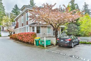 "Photo 2: 26 9036 208 Street in Langley: Walnut Grove Townhouse for sale in ""Hunter's Glen"" : MLS®# R2159058"