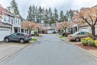 "Photo 3: 26 9036 208 Street in Langley: Walnut Grove Townhouse for sale in ""Hunter's Glen"" : MLS®# R2159058"