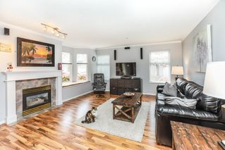 "Photo 5: 26 9036 208 Street in Langley: Walnut Grove Townhouse for sale in ""Hunter's Glen"" : MLS®# R2159058"