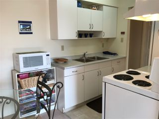 Photo 5: 304 910 FIFTH Avenue in New Westminster: Uptown NW Condo for sale : MLS®# R2188512