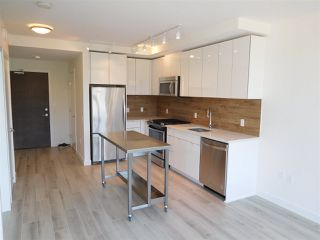 "Photo 4: 502 200 NELSON'S Crescent in New Westminster: Sapperton Condo for sale in ""THE SAPPERTON"" : MLS®# R2190358"