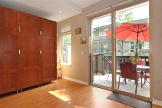 """Photo 8: 118 100 KLAHANIE Drive in Port Moody: Port Moody Centre Townhouse for sale in """"INDIGO"""" : MLS®# R2196752"""