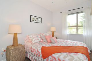 """Photo 11: 118 100 KLAHANIE Drive in Port Moody: Port Moody Centre Townhouse for sale in """"INDIGO"""" : MLS®# R2196752"""