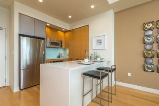Photo 6: DOWNTOWN Condo for sale : 2 bedrooms : 575 6th Ave #1704 in San Diego
