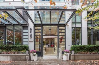"Photo 1: 2605 1255 SEYMOUR Street in Vancouver: Downtown VW Condo for sale in ""Elan"" (Vancouver West)  : MLS®# R2216432"