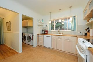 Photo 9: 1017 Gosper Cres in VICTORIA: Es Kinsmen Park House for sale (Esquimalt)  : MLS®# 774628