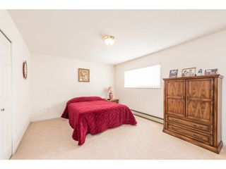 Photo 15: 368 HYTHE Avenue in Burnaby: Capitol Hill BN House for sale (Burnaby North)  : MLS®# R2226832