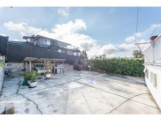 Photo 19: 368 HYTHE Avenue in Burnaby: Capitol Hill BN House for sale (Burnaby North)  : MLS®# R2226832