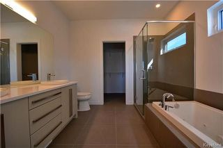 Photo 12: 145 Highland Creek Road in Winnipeg: Bridgwater Forest Residential for sale (1R)  : MLS®# 1800130