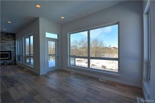 Photo 3: 145 Highland Creek Road in Winnipeg: Bridgwater Forest Residential for sale (1R)  : MLS®# 1800130