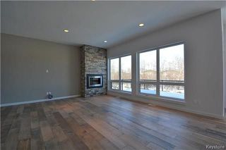Photo 10: 145 Highland Creek Road in Winnipeg: Bridgwater Forest Residential for sale (1R)  : MLS®# 1800130