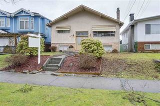 Photo 1: 2771 E 45TH Avenue in Vancouver: Killarney VE House for sale (Vancouver East)  : MLS®# R2235829