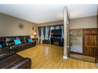 Photo 4: 3373 OKANAGAN Drive in Abbotsford: Abbotsford West House for sale : MLS®# R2235780