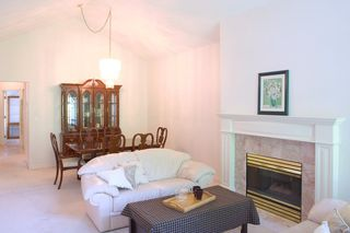 """Photo 5: 340 20655 88 Avenue in Langley: Walnut Grove Townhouse for sale in """"TWIN LAKES"""" : MLS®# R2260164"""