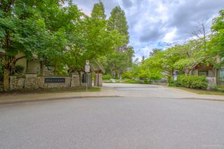 "Photo 3: 36 8415 CUMBERLAND Place in Burnaby: The Crest Townhouse for sale in ""Ashcombe by Polygon"" (Burnaby East)  : MLS®# R2273543"