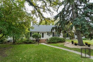 Photo 1: 1440 Wellington Crescent in Winnipeg: River Heights North Residential for sale (1C)  : MLS®# 1826287