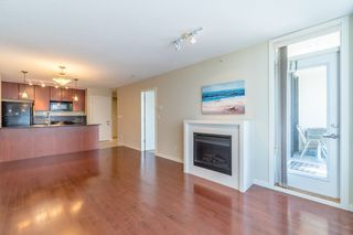 Photo 10: 2109 7178 COLLIER Street in Burnaby: Highgate Condo for sale (Burnaby South)  : MLS®# R2313733