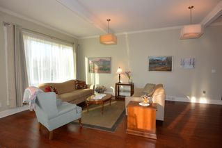 Photo 10: 1 Aurora Avenue at Watson Landing $385,000