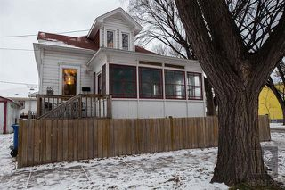 Photo 1: 351 Anderson Avenue in Winnipeg: Residential for sale (4C)  : MLS®# 1830142