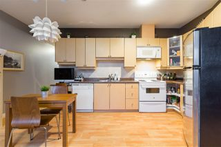 Photo 6: 2112 TRIUMPH Street in Vancouver: Hastings Townhouse for sale (Vancouver East)  : MLS®# R2326564
