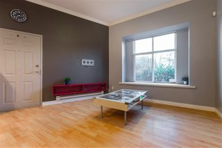 Photo 4: 2112 TRIUMPH Street in Vancouver: Hastings Townhouse for sale (Vancouver East)  : MLS®# R2326564