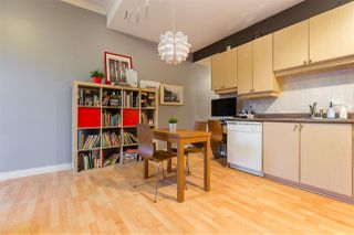 Photo 9: 2112 TRIUMPH Street in Vancouver: Hastings Townhouse for sale (Vancouver East)  : MLS®# R2326564