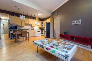 Photo 3: 2112 TRIUMPH Street in Vancouver: Hastings Townhouse for sale (Vancouver East)  : MLS®# R2326564