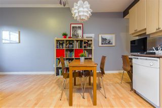 Photo 16: 2112 TRIUMPH Street in Vancouver: Hastings Townhouse for sale (Vancouver East)  : MLS®# R2326564