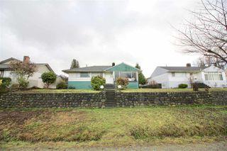 Photo 4: 7010 BELCARRA Drive in Burnaby: Westridge BN House for sale (Burnaby North)  : MLS®# R2329297