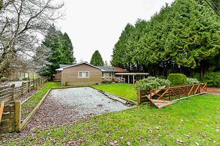 Photo 3: 15032 92 Avenue in Surrey: Fleetwood Tynehead House for sale : MLS®# R2339288