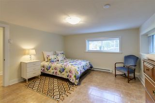 "Photo 10: 1140 SINCLAIR Street in West Vancouver: Ambleside House for sale in ""Ambleside"" : MLS®# R2354375"