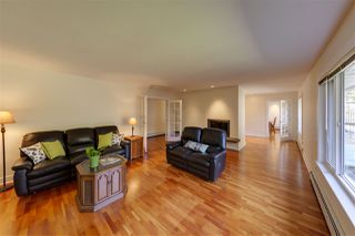 "Photo 8: 1140 SINCLAIR Street in West Vancouver: Ambleside House for sale in ""Ambleside"" : MLS®# R2354375"