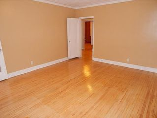 Photo 3: 563 Windsor Ave in Winnipeg: East Elmwood House for sale ()  : MLS®# 1728238