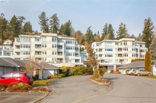 Photo 1: 304 5110 Cordova Bay Road in VICTORIA: SE Cordova Bay Condo Apartment for sale (Saanich East)  : MLS®# 411746