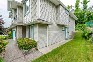 """Photo 2: 7947 TOPPER Drive in Mission: Mission BC House for sale in """"College Heights"""" : MLS®# R2381617"""