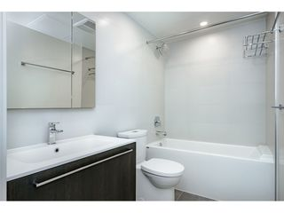 "Photo 12: 1601 285 E 10TH Avenue in Vancouver: Grandview Woodland Condo for sale in ""The Independent"" (Vancouver East)  : MLS®# R2385294"