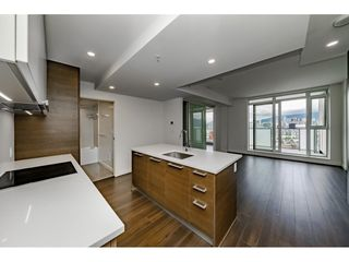"Photo 3: 1601 285 E 10TH Avenue in Vancouver: Grandview Woodland Condo for sale in ""The Independent"" (Vancouver East)  : MLS®# R2385294"