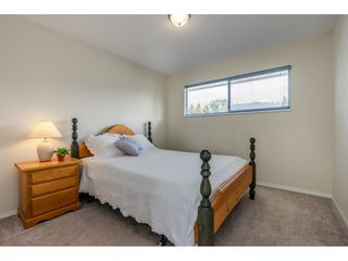 """Photo 14: 6495 180 Street in Surrey: Cloverdale BC House for sale in """"Orchard Ridge"""" (Cloverdale)  : MLS®# R2396953"""