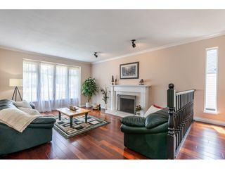"""Photo 5: 6495 180 Street in Surrey: Cloverdale BC House for sale in """"Orchard Ridge"""" (Cloverdale)  : MLS®# R2396953"""