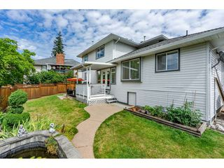 "Photo 4: 6495 180 Street in Surrey: Cloverdale BC House for sale in ""Orchard Ridge"" (Cloverdale)  : MLS®# R2396953"