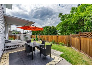 "Photo 3: 6495 180 Street in Surrey: Cloverdale BC House for sale in ""Orchard Ridge"" (Cloverdale)  : MLS®# R2396953"
