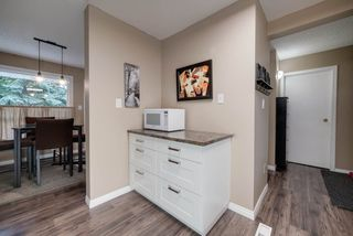 Photo 7: 16 4403 RIVERBEND Road in Edmonton: Zone 14 Townhouse for sale : MLS®# E4170834