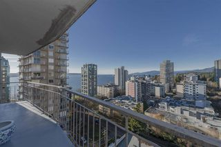 "Photo 1: 1604 1850 COMOX Street in Vancouver: West End VW Condo for sale in ""El Cid"" (Vancouver West)  : MLS®# R2421108"