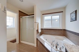 Photo 20: 2540 BELL Court in Edmonton: Zone 55 House for sale : MLS®# E4183736