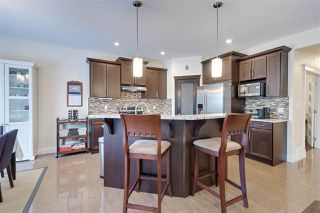 Photo 5: 2540 BELL Court in Edmonton: Zone 55 House for sale : MLS®# E4183736