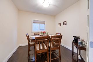 Photo 3: 2540 BELL Court in Edmonton: Zone 55 House for sale : MLS®# E4183736