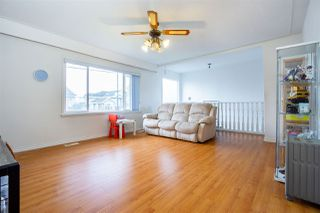 Photo 6: 5374 INMAN Avenue in Burnaby: Central Park BS House for sale (Burnaby South)  : MLS®# R2435354