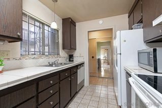 Photo 9: BAY PARK Condo for sale : 2 bedrooms : 2530 Clairemont Dr #203 in San Diego